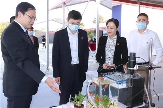团中央青年发展部副部长方铁道来景参加会议并开展青创工作调研